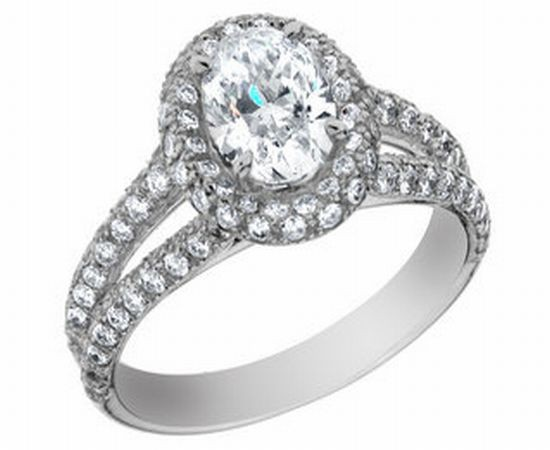 Oval-cut-diamond-ring
