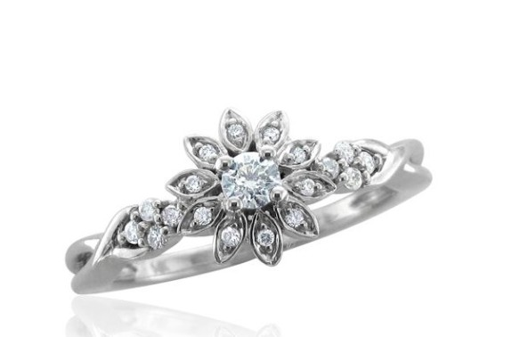 Flower shaped rings