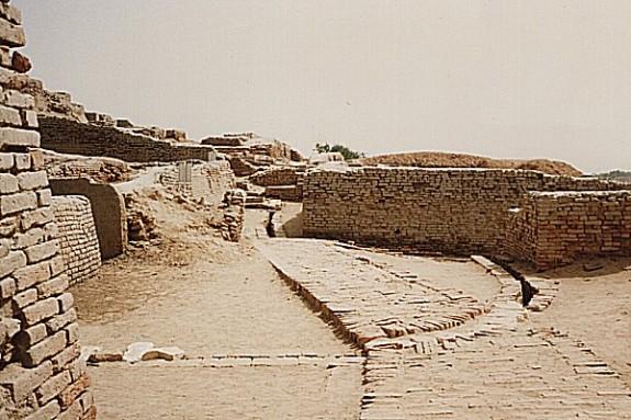Jericho, Palestine – 7,000 BC